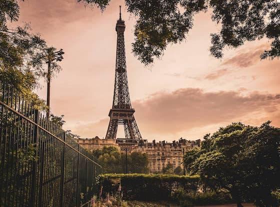 kurzy francúzštiny paríž eiffelova veža